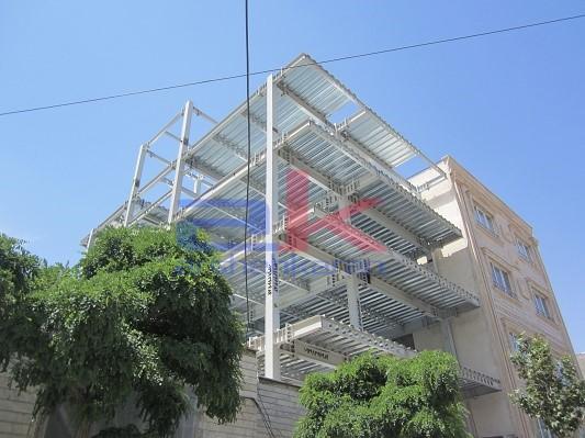 سقف عرشه فولادی پنج طبقه