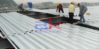 بتن ریزی سقف با ماله پروانه ای و ترازیاب لیزری ( کف سازی صنعتی )